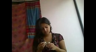Indian IT chick living together with colleagu