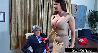 Donald's Wife Melonia Taking Big Bill's Cock in the White House - Eva Karera